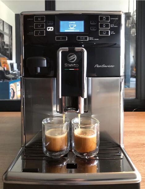 La-machine-à-café-PicoBaristo-de-Saeco