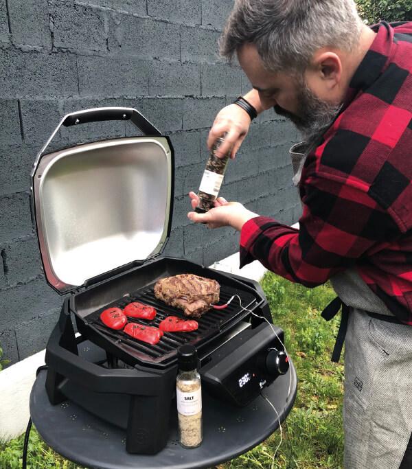 Le barbecue électrique Pulse 1000 de Weber 7