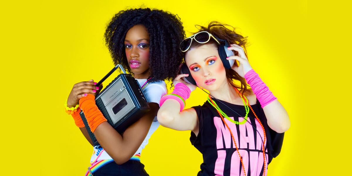 La mode des années 80 : MA-NI-FAÏQUE ! Ou pas… 1