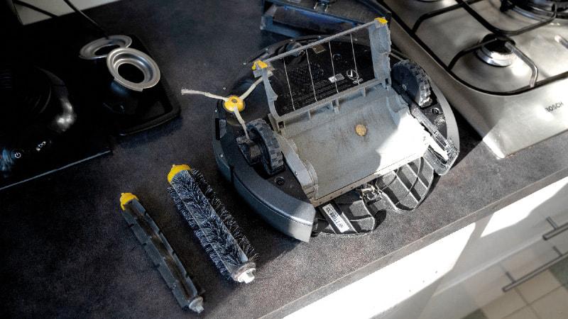 Une semaine avec l'aspirateur robot Roomba 606 4
