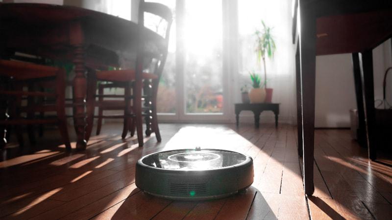Une semaine avec l'aspirateur robot Roomba 606 2