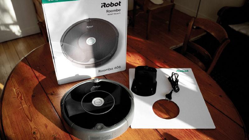 Une semaine avec l'aspirateur robot Roomba 606 1