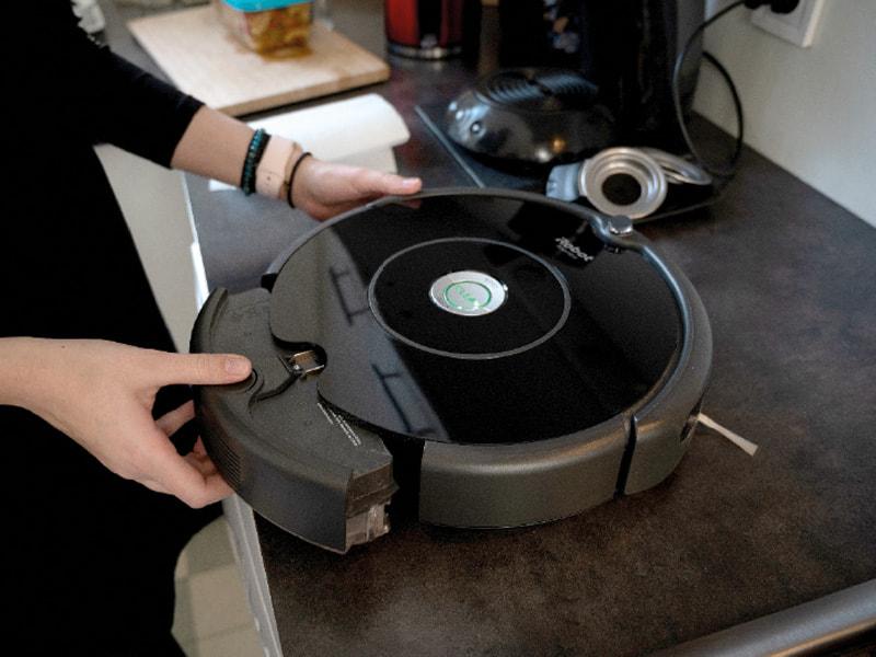 Une semaine avec l'aspirateur robot Roomba 606 3